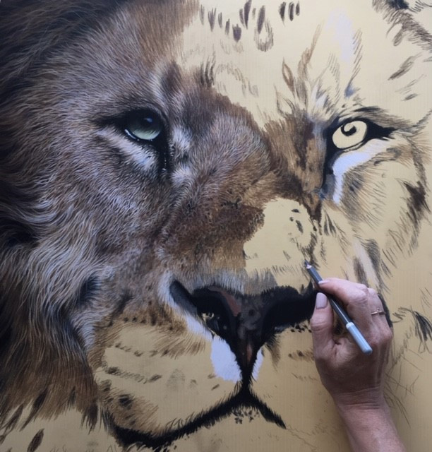 drawing an eye lion pastel realism